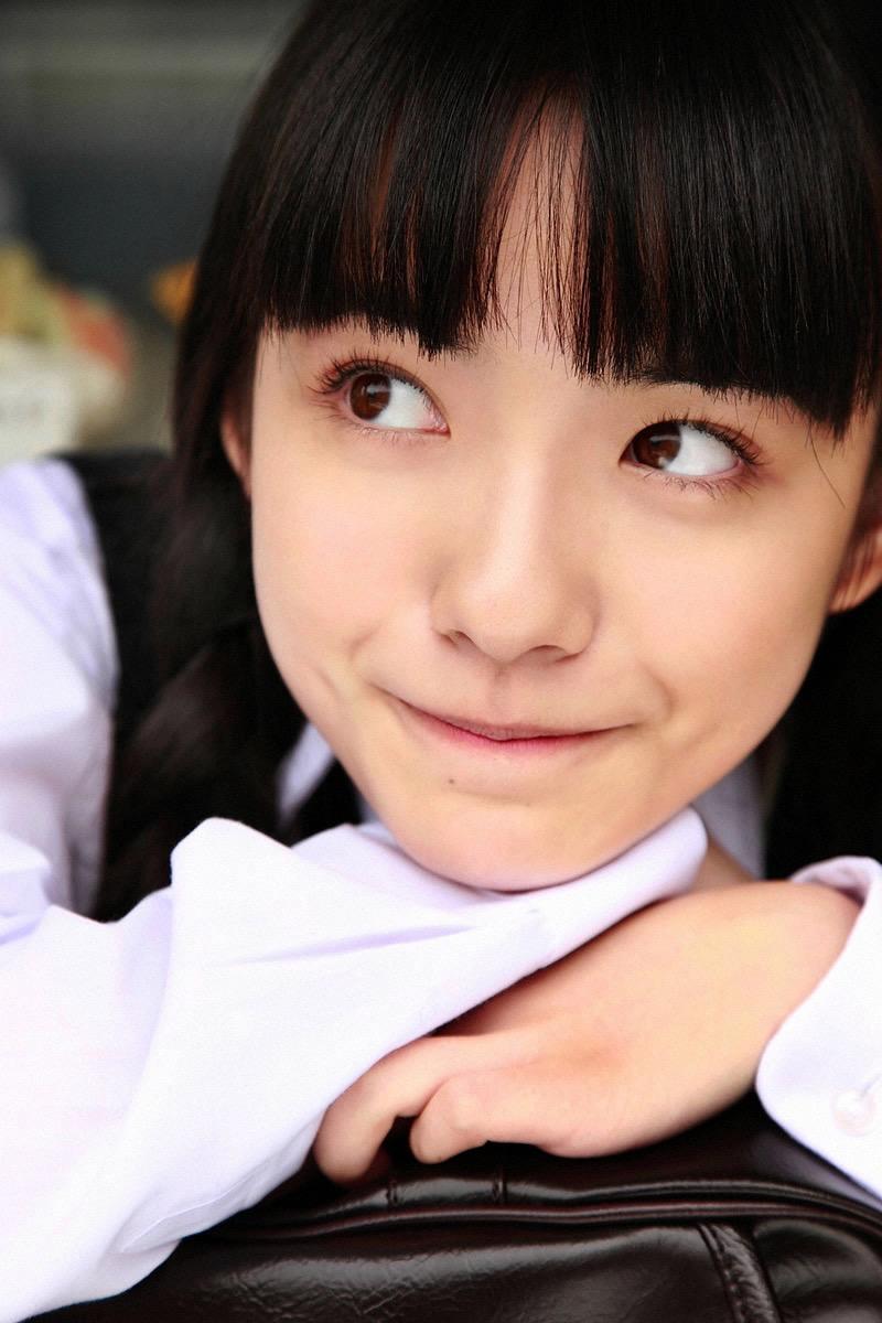 【小島藤子グラビア画像】NHKの朝ドラで話題になり映画主演も果たした女優の可愛い写真画像 03