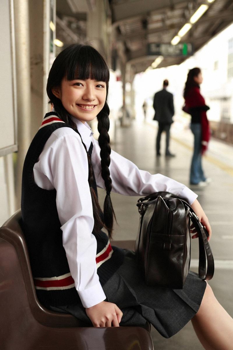 【小島藤子グラビア画像】NHKの朝ドラで話題になり映画主演も果たした女優の可愛い写真画像 06