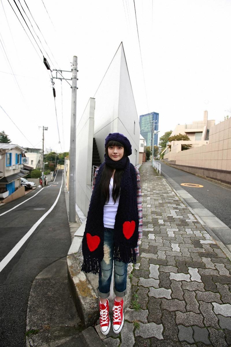 【小島藤子グラビア画像】NHKの朝ドラで話題になり映画主演も果たした女優の可愛い写真画像 07