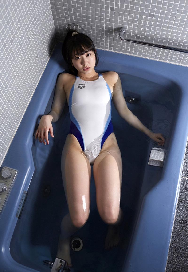 【椎名香奈江グラビア画像】柔らかそうなむっちり巨乳ボディがソソるグラビアアイドル 39