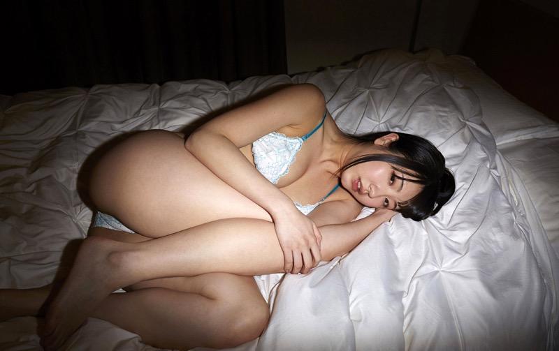 【椎名香奈江グラビア画像】柔らかそうなむっちり巨乳ボディがソソるグラビアアイドル 76