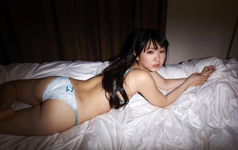 【椎名香奈江グラビア画像】柔らかそうなむっちり巨乳ボディがソソるグラビアアイドル 78