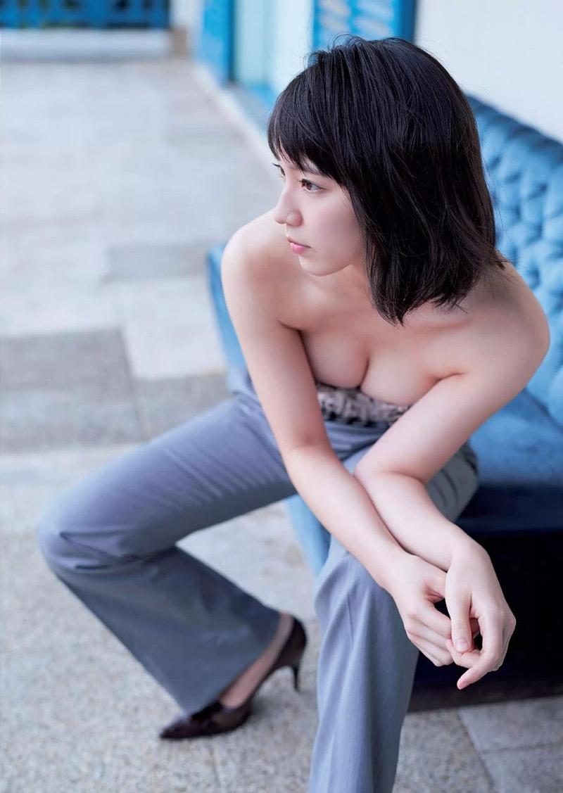 【吉岡里帆グラビア画像】どんぎつねでの可愛さに注目された美人女優のセクシー写真! 39