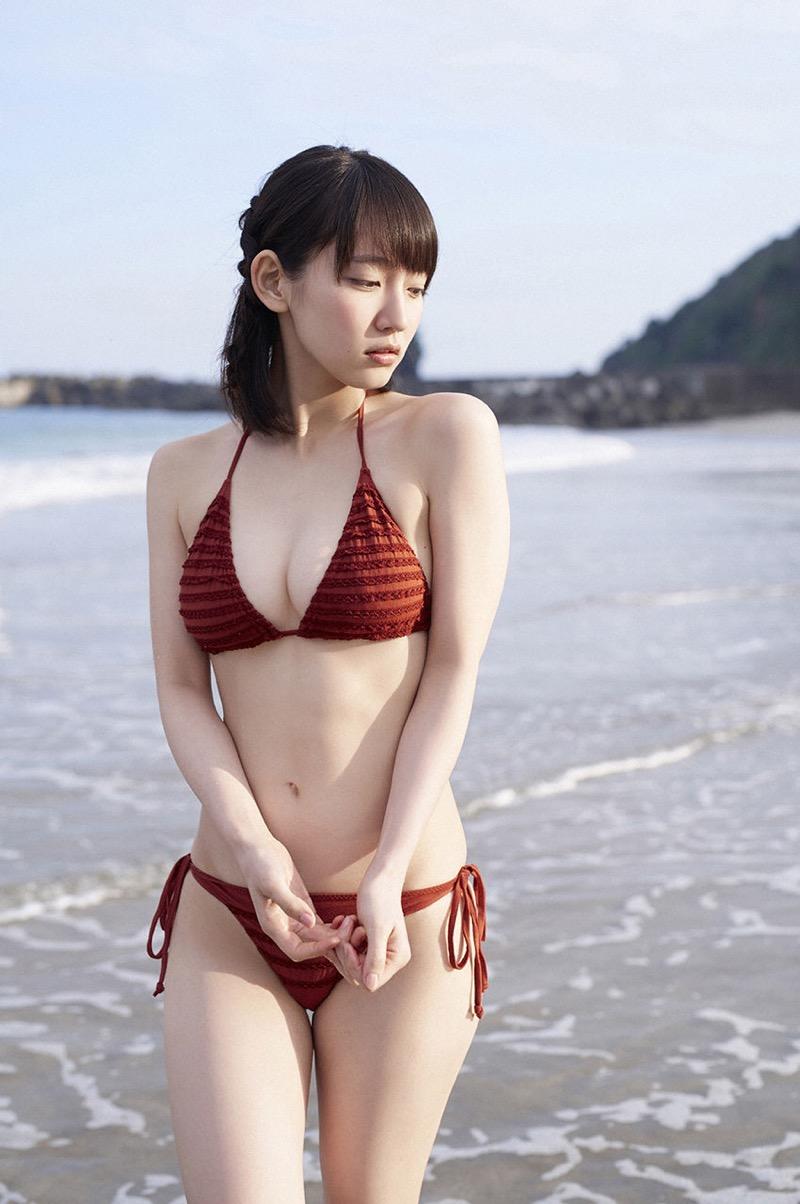 【吉岡里帆グラビア画像】どんぎつねでの可愛さに注目された美人女優のセクシー写真! 43