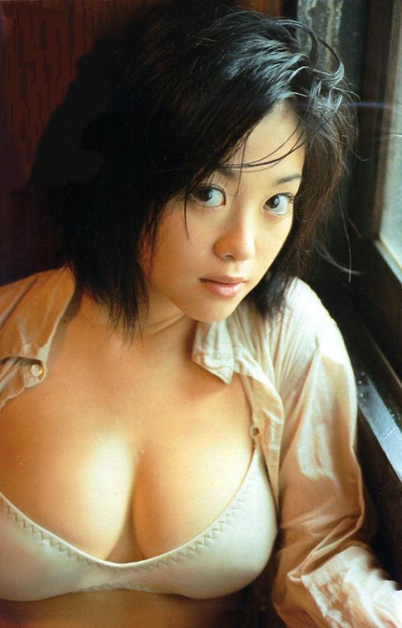 【小向美奈子グラビア画像】スライム巨乳で有名なAV女優に転身したグラビアアイドル 37