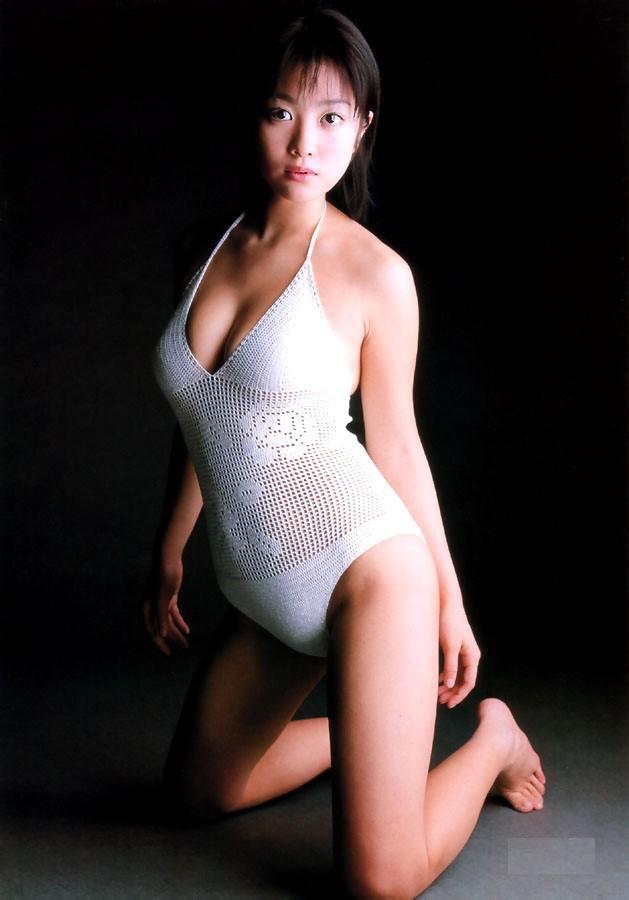 【小向美奈子グラビア画像】スライム巨乳で有名なAV女優に転身したグラビアアイドル 53