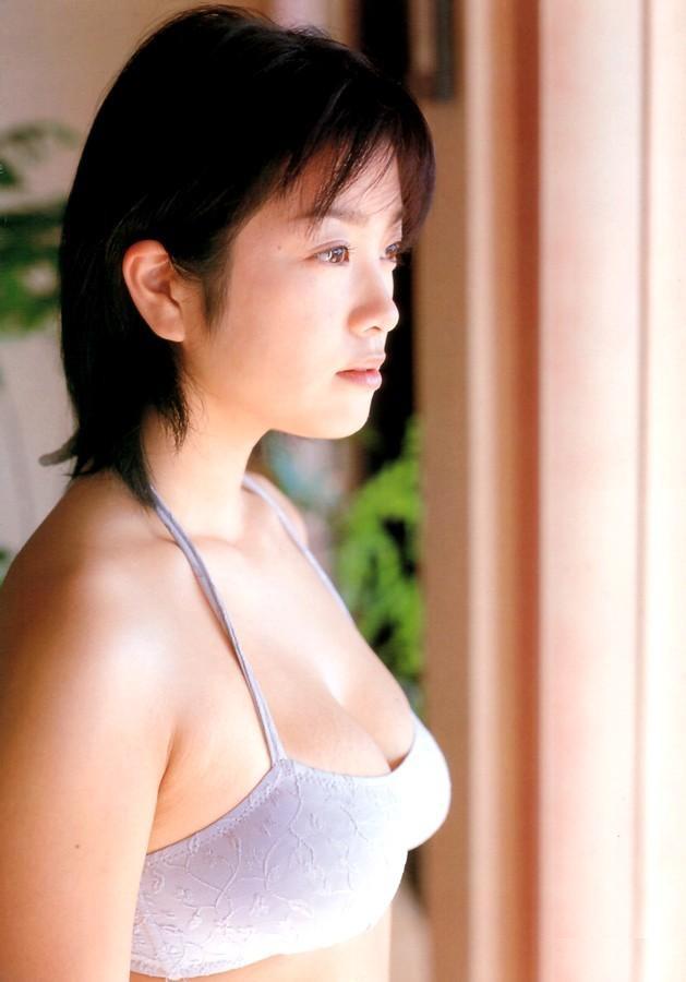 【小向美奈子グラビア画像】スライム巨乳で有名なAV女優に転身したグラビアアイドル 55
