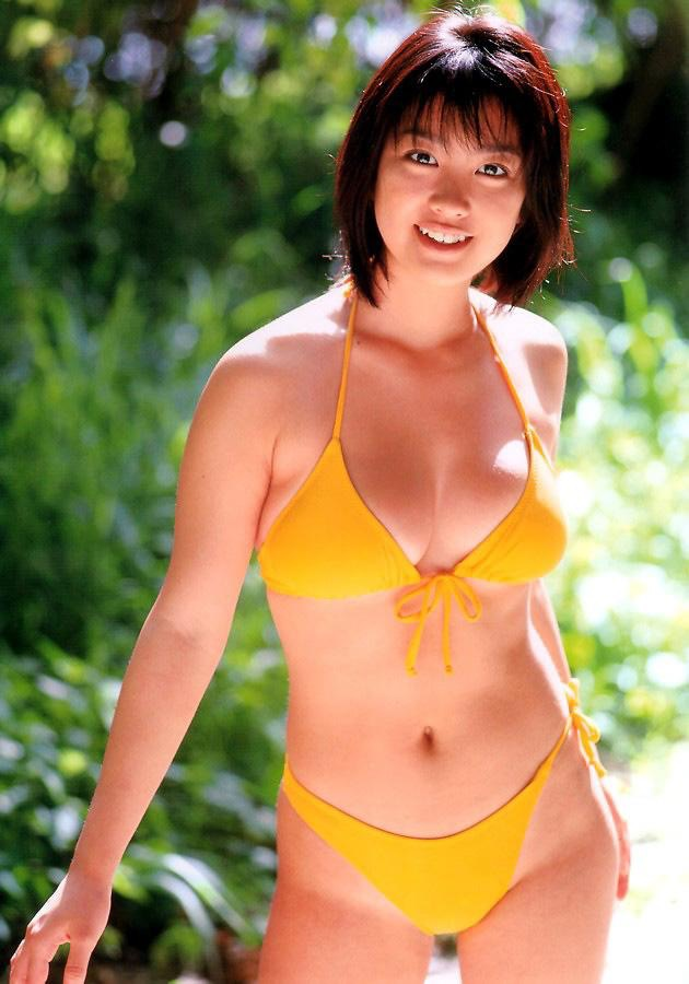 【小向美奈子グラビア画像】スライム巨乳で有名なAV女優に転身したグラビアアイドル 56