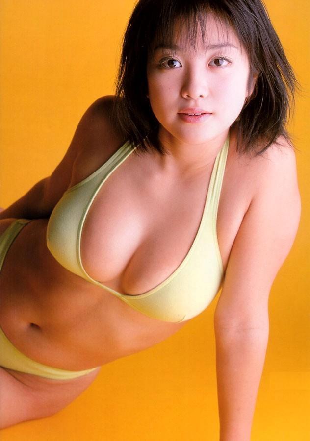 【小向美奈子グラビア画像】スライム巨乳で有名なAV女優に転身したグラビアアイドル 61