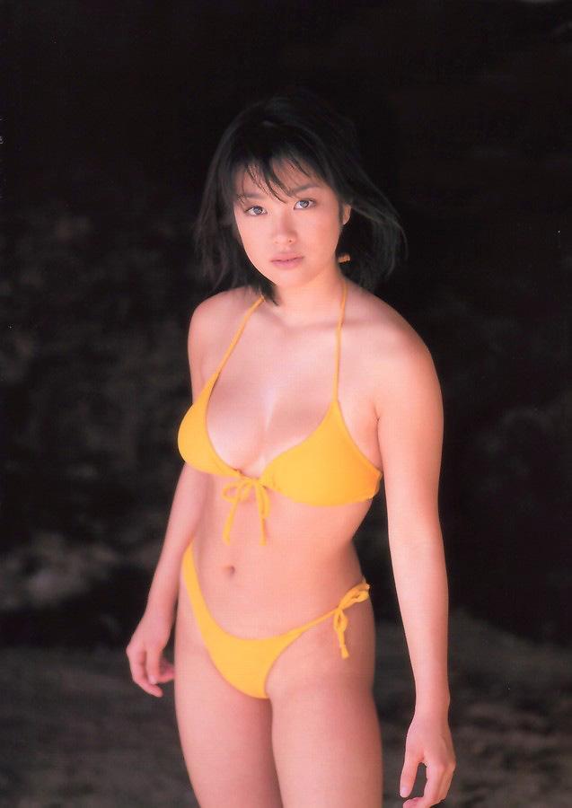 【小向美奈子グラビア画像】スライム巨乳で有名なAV女優に転身したグラビアアイドル 66