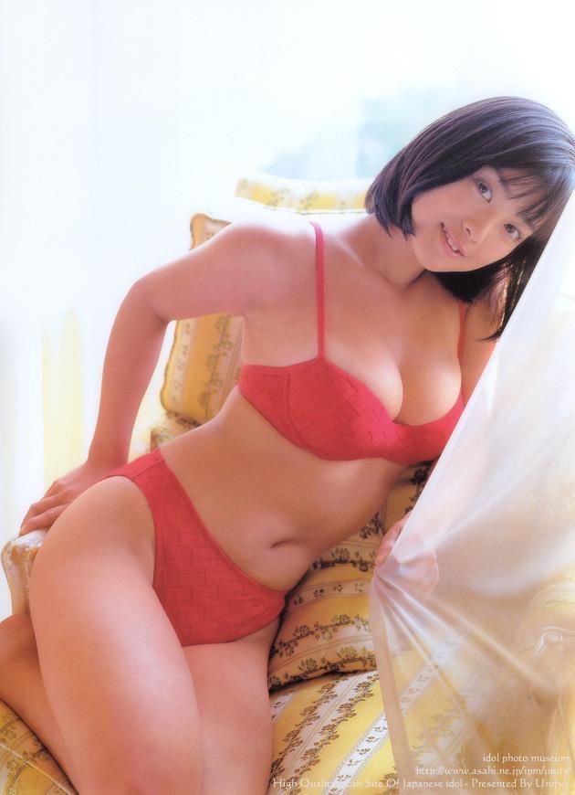 【小向美奈子グラビア画像】スライム巨乳で有名なAV女優に転身したグラビアアイドル 79