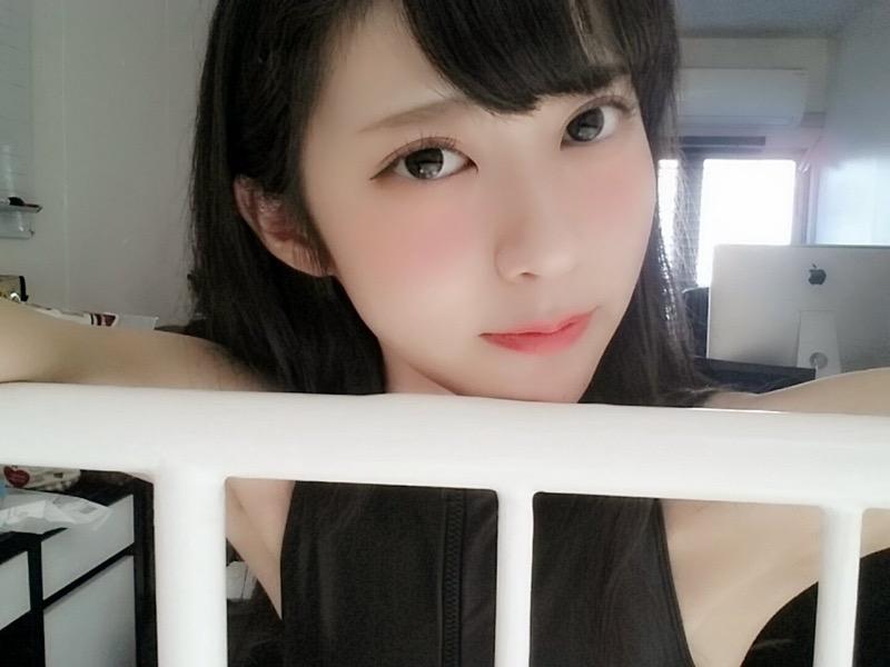 【田中めいエロ画像】9頭身スレンダー微乳ボディと大きな瞳が魅力的なグラビアイドル 58