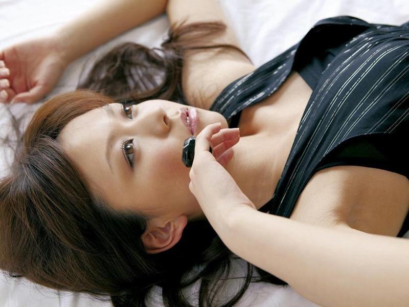 【虎南有香グラビア画像】中学生時代からファッションモデルの健康的なビキニ写真集! 25