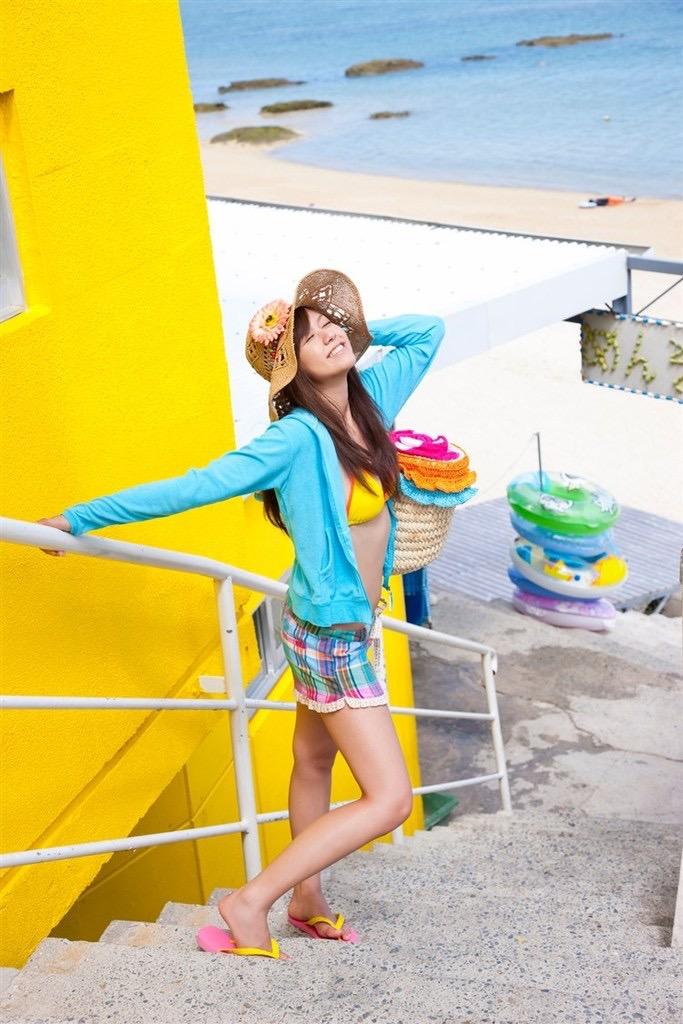 【虎南有香グラビア画像】中学生時代からファッションモデルの健康的なビキニ写真集! 36