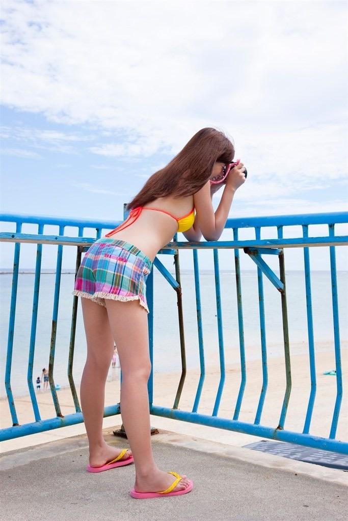 【虎南有香グラビア画像】中学生時代からファッションモデルの健康的なビキニ写真集! 37