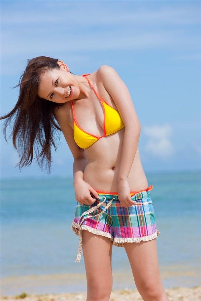 【虎南有香グラビア画像】中学生時代からファッションモデルの健康的なビキニ写真集! 40