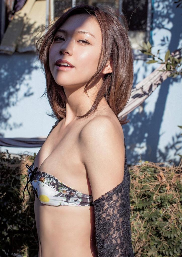 【虎南有香グラビア画像】中学生時代からファッションモデルの健康的なビキニ写真集! 63