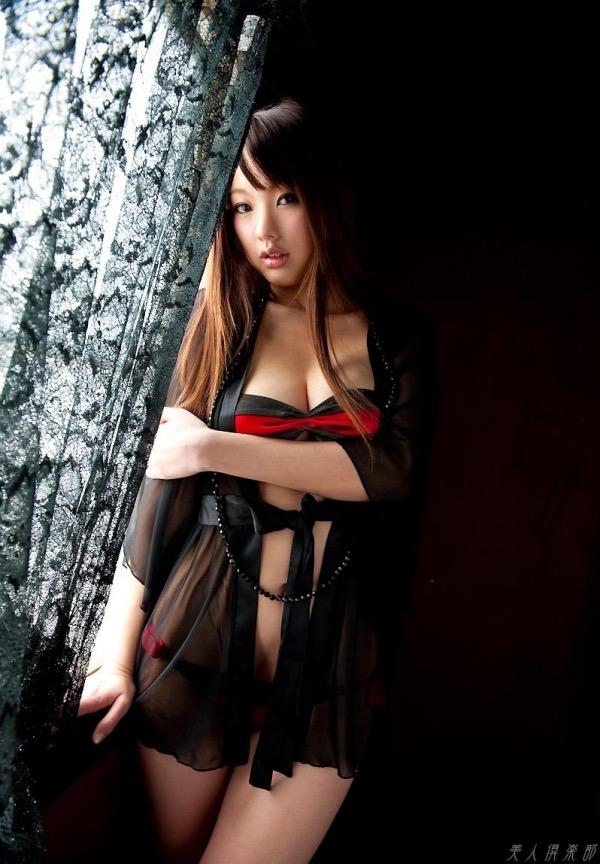 【唇がエロい美女画像】ぷりっと柔らかくて美味しそうな唇してるタレント美女画像 06
