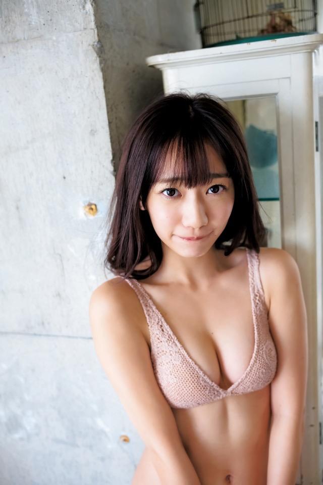 【関根優那エロ画像】グループ解散を機会にグラビアアイドルへ転身した美少女画像 26