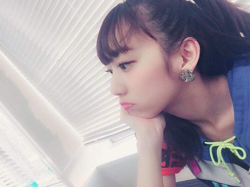 【関根優那エロ画像】グループ解散を機会にグラビアアイドルへ転身した美少女画像 62