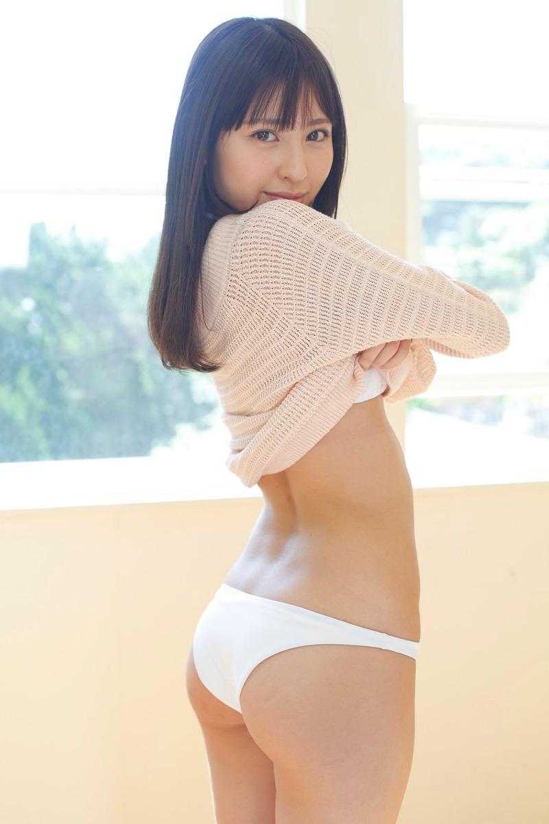 【沖口優奈グラビア画像】八重歯が特徴的で可愛らしい美少女アイドルのエロ写真! 20