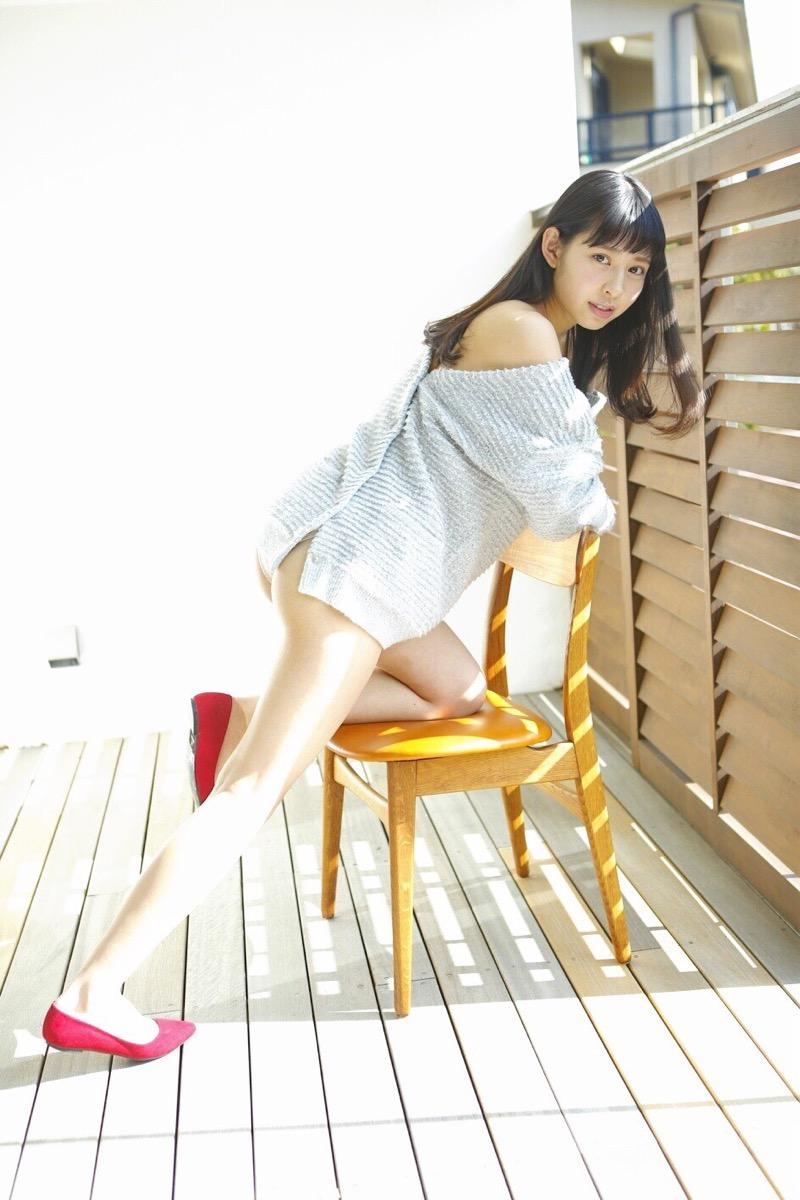 【沖口優奈グラビア画像】八重歯が特徴的で可愛らしい美少女アイドルのエロ写真! 48