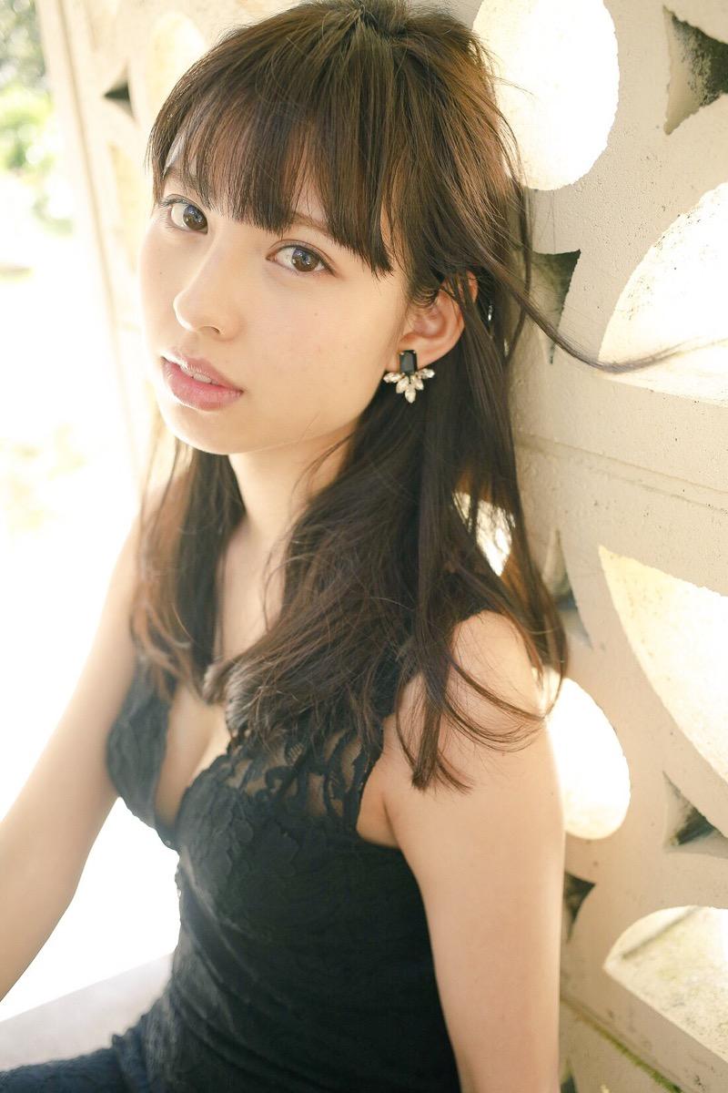 【沖口優奈グラビア画像】八重歯が特徴的で可愛らしい美少女アイドルのエロ写真! 75