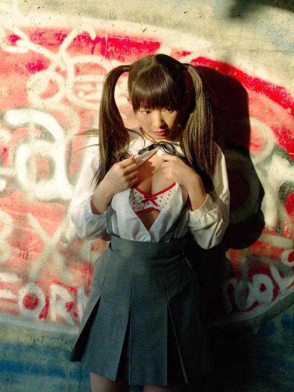 【ツインテールの日】ツインテールがとっても良く似合って可愛い美少女グラビア画像 23