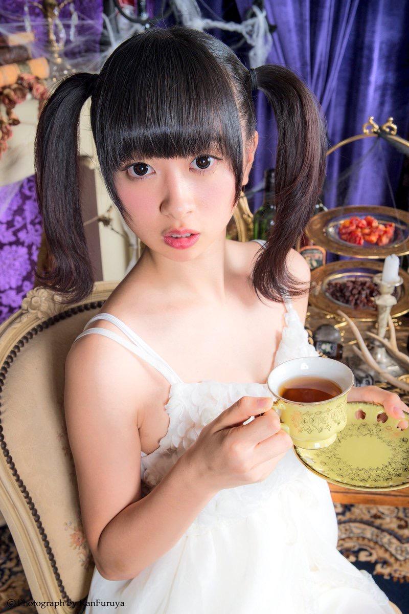 【ツインテールの日】ツインテールがとっても良く似合って可愛い美少女グラビア画像 54