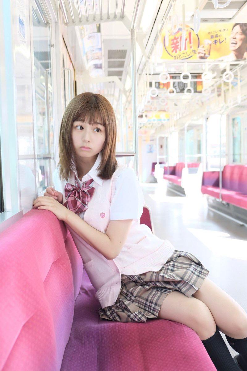 【栗田恵美エロ画像】インスタ自撮りでグラビア並みのエロ画像を公開してるくりえみちゃん! 24