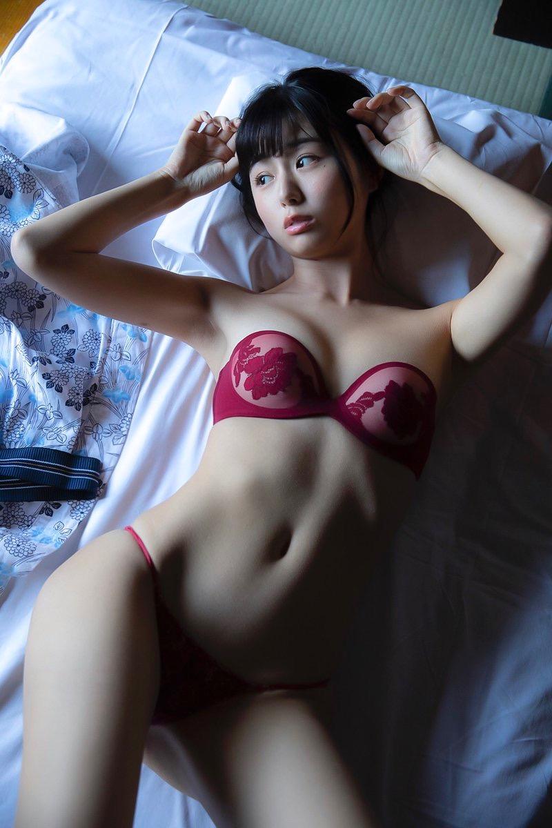 【栗田恵美エロ画像】インスタ自撮りでグラビア並みのエロ画像を公開してるくりえみちゃん! 78