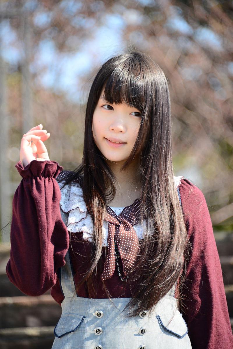 【佐々木絵里エロ画像】さらさらロングヘアが清純美少女感あるけど脱ぐとエロいグラドル画像 12