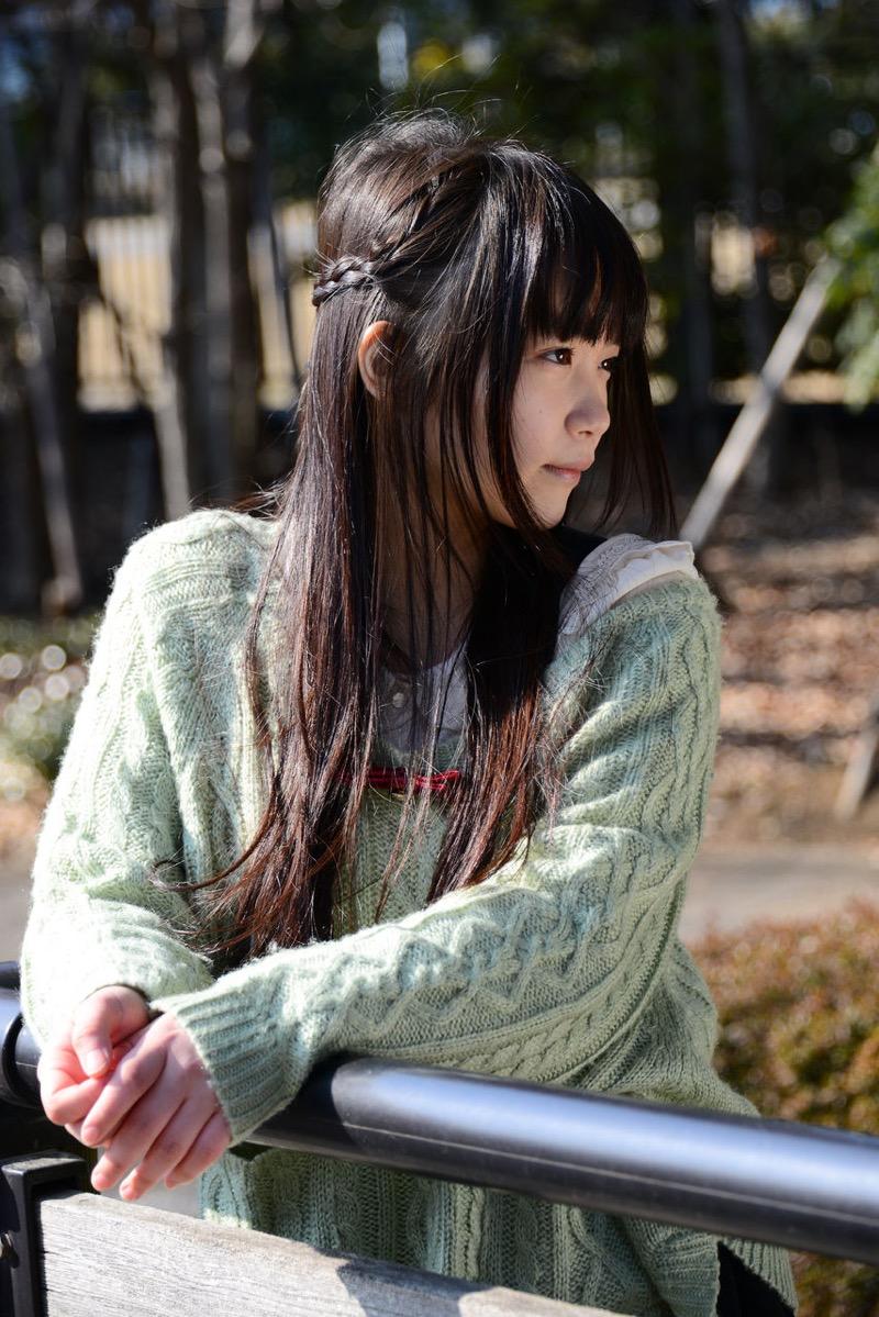 【佐々木絵里エロ画像】さらさらロングヘアが清純美少女感あるけど脱ぐとエロいグラドル画像 16