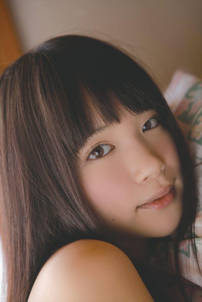 【佐々木絵里エロ画像】さらさらロングヘアが清純美少女感あるけど脱ぐとエロいグラドル画像 69