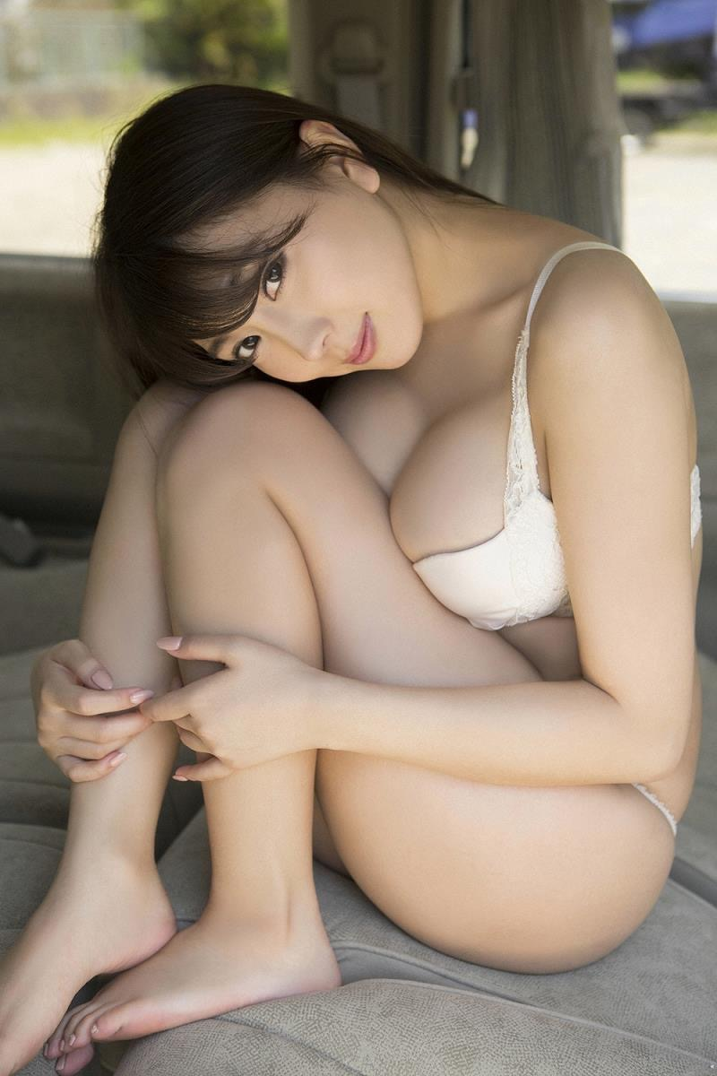 【森咲智美グラビア画像】インスタフォロワー100万人超えの快挙を成したグラビアアイドル 59