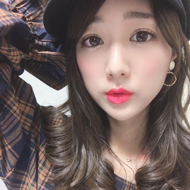 【佐々木もよこエロ画像】日本一キレイなお尻と評判なタレントのセクシーショット! 72