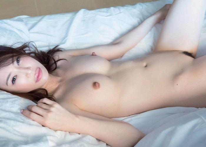 【岩本和子ヘアヌード画像】アラフォーでグラドルデビューした美魔女系熟女のエロ画像