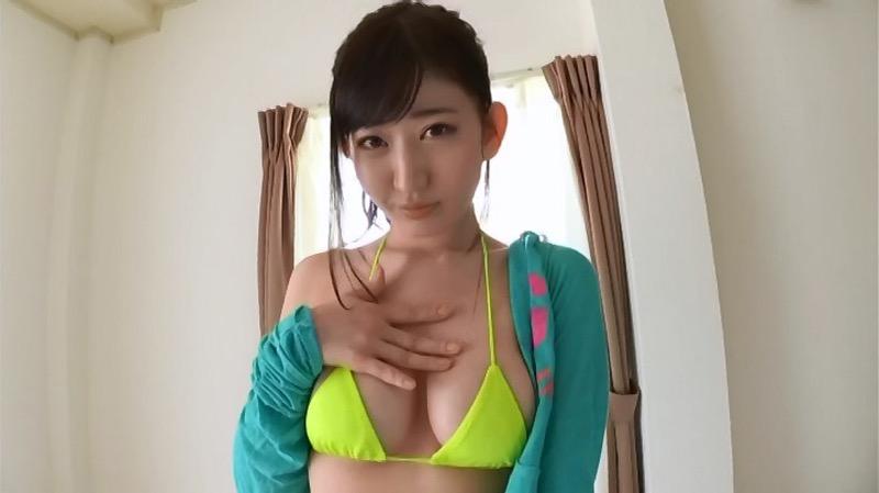 【月城まゆエロ画像】Fカップ巨乳だけど特に桃尻で大人気のグラビアアイドル 15