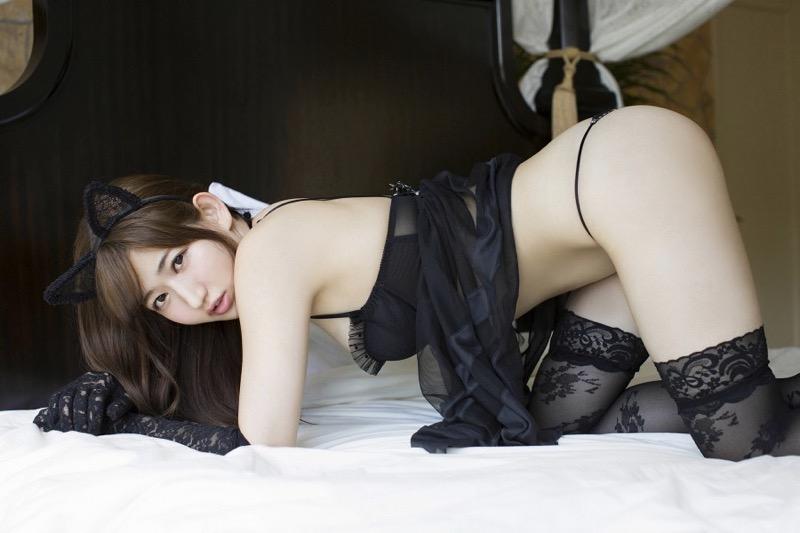 【月城まゆエロ画像】Fカップ巨乳だけど特に桃尻で大人気のグラビアアイドル 60