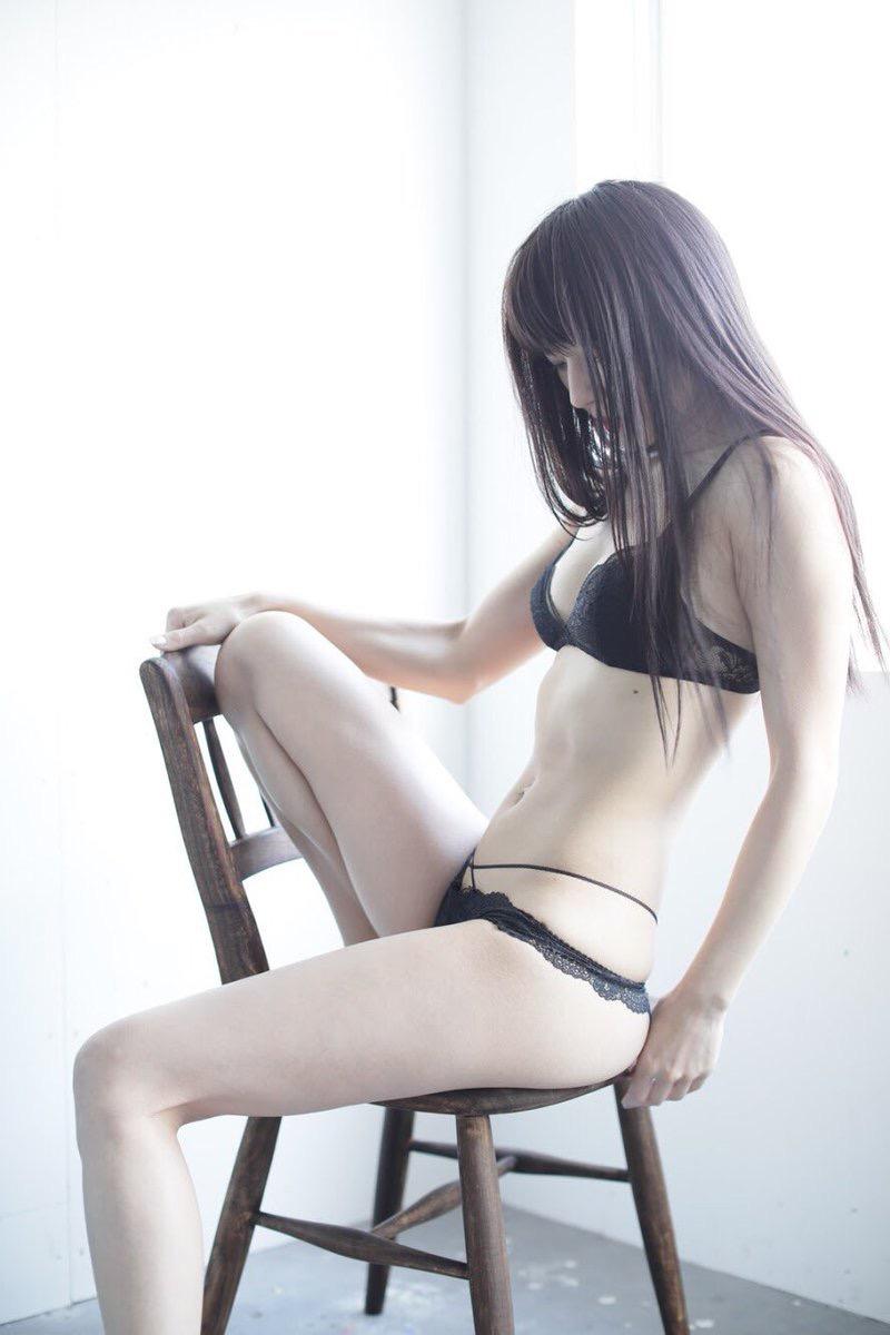 【謎の美女あいみエロ画像】2018年に売れたDVDランキング1位の詳細不明なグラビアアイドル 55