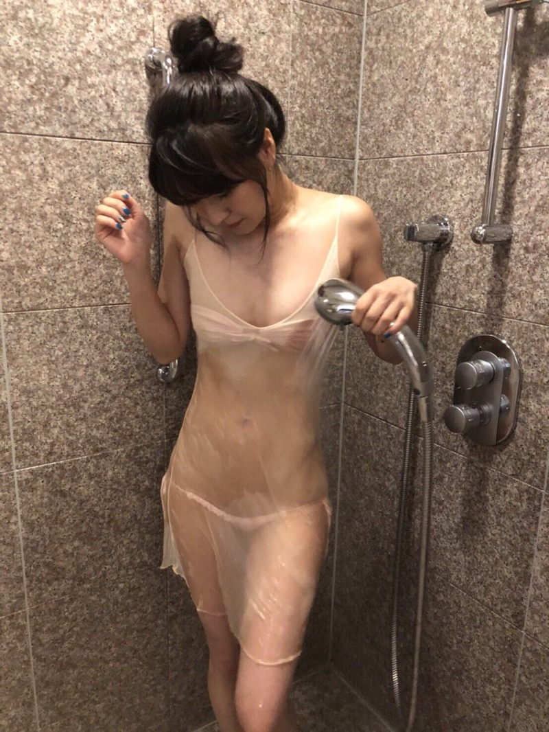 【謎の美女あいみエロ画像】2018年に売れたDVDランキング1位の詳細不明なグラビアアイドル 65