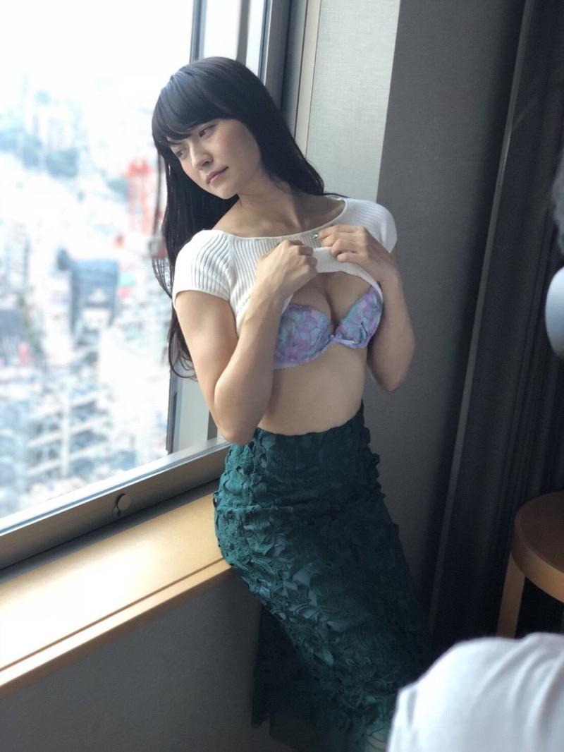【謎の美女あいみエロ画像】2018年に売れたDVDランキング1位の詳細不明なグラビアアイドル 66