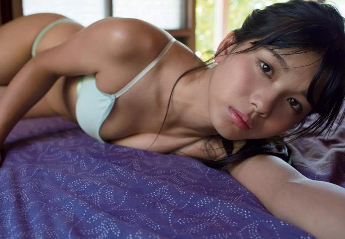 【咲良七海グラビア画像】フレッシュな清純系美少女の可愛くてちょっとエッチな水着写真