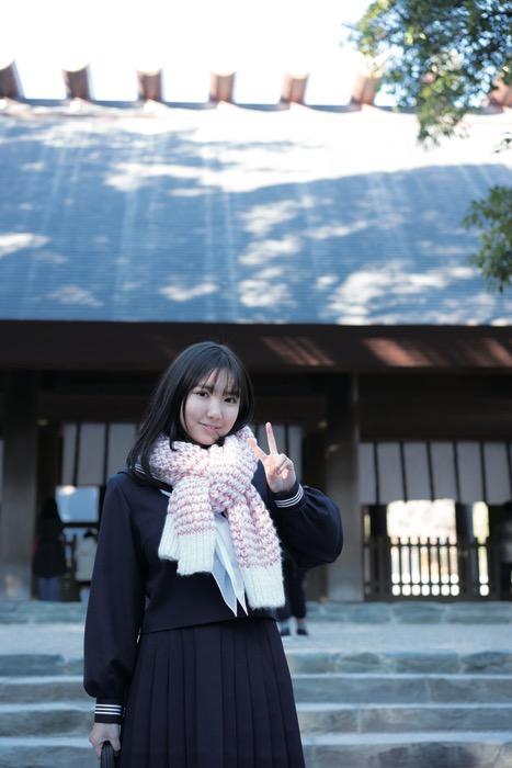 【沢口愛華エロ画像】可愛い顔してFカップ巨乳のエロくて可愛い美少女アイドル 16