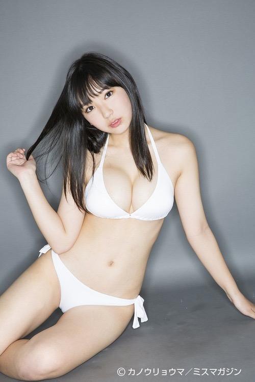 【沢口愛華エロ画像】可愛い顔してFカップ巨乳のエロくて可愛い美少女アイドル 22