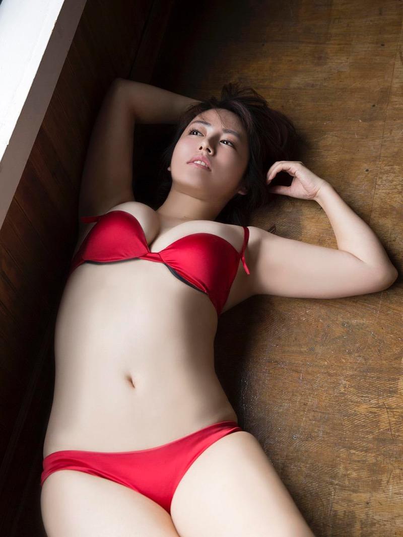 【磯山さやかグラビア画像】セクシー女優に負けないメチャシコエロボディのグラビアアイドル! 65