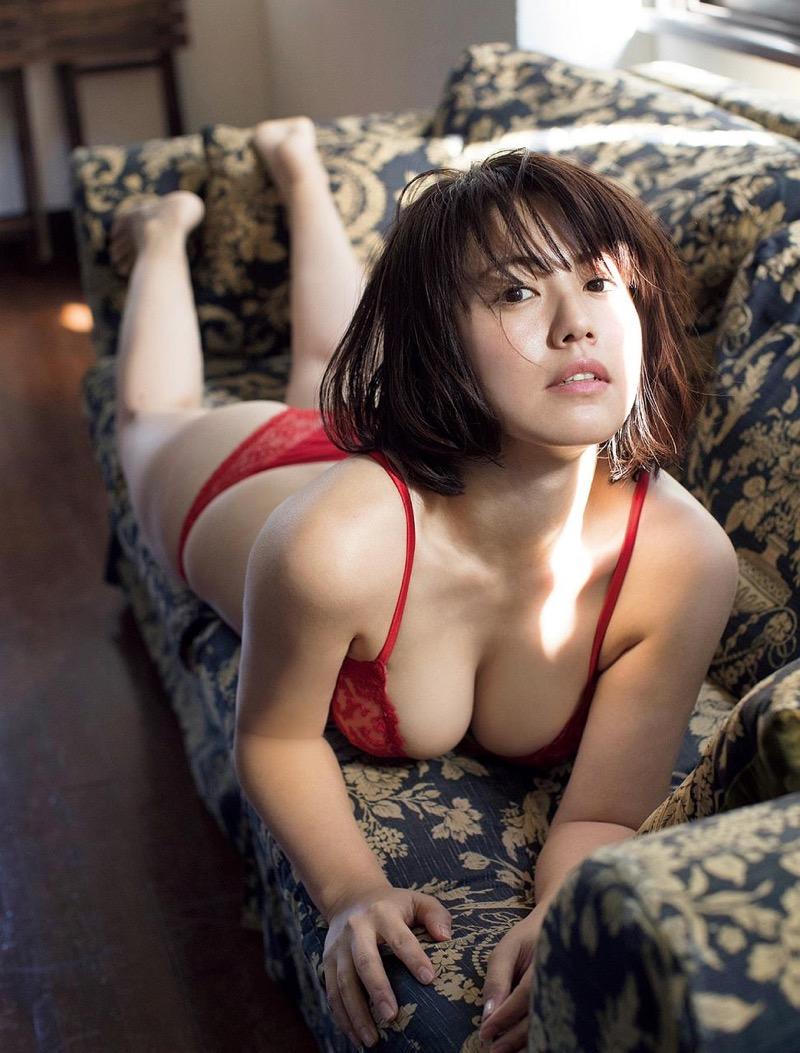 【磯山さやかグラビア画像】セクシー女優に負けないメチャシコエロボディのグラビアアイドル! 70