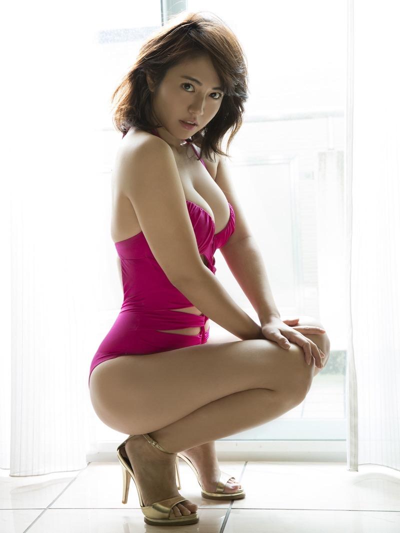 【磯山さやかグラビア画像】セクシー女優に負けないメチャシコエロボディのグラビアアイドル! 76