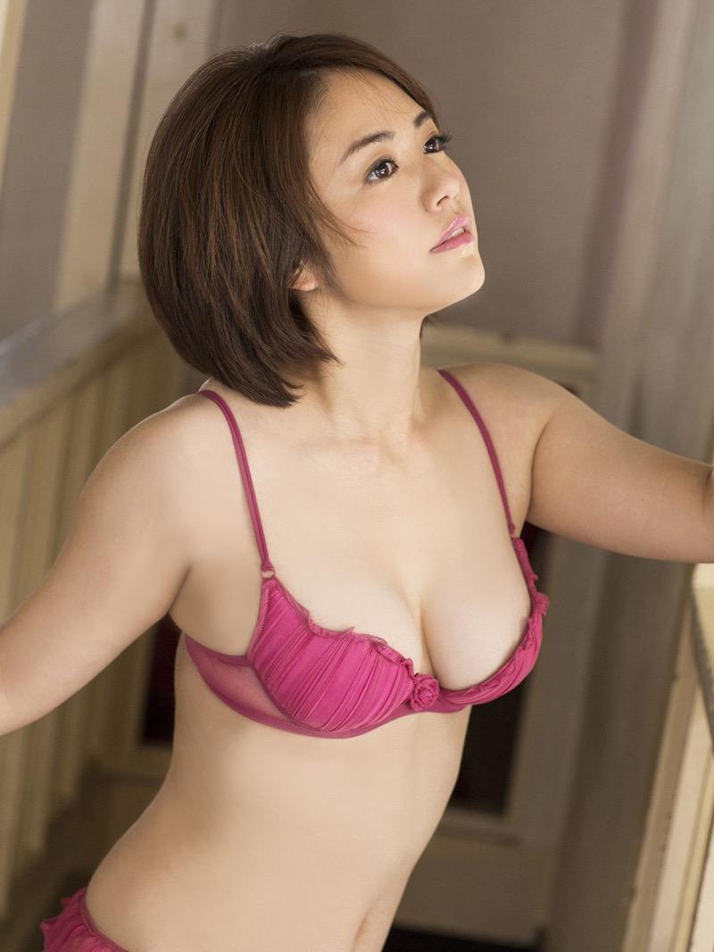 【磯山さやかグラビア画像】セクシー女優に負けないメチャシコエロボディのグラビアアイドル! 80