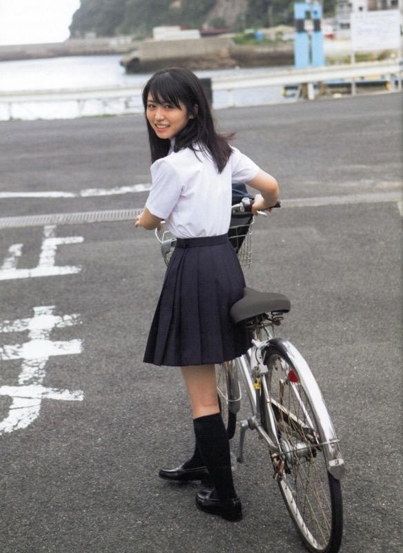 【長濱ねるグラビア画像】アイドルグループ欅坂46メンバーの美少女が魅せるビキニ姿! 03